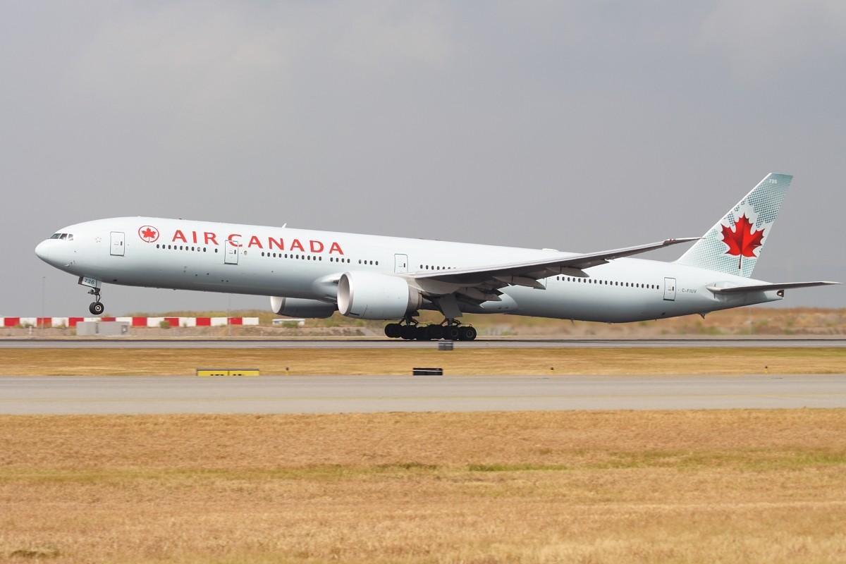 Re:[原创]香港政府飛行服務隊的開放日, 顯然我沒有理會到主人家 BOOEING 777-333ER C-FIUV 中国香港赤鱲角国际机场
