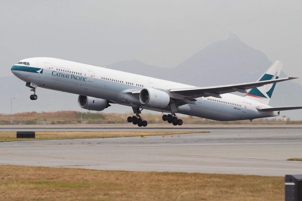 Re:[原创]香港政府飛行服務隊的開放日, 顯然我沒有理會到主人家 BOEING 777-367 B-HNH 中国香港赤鱲角国际机场