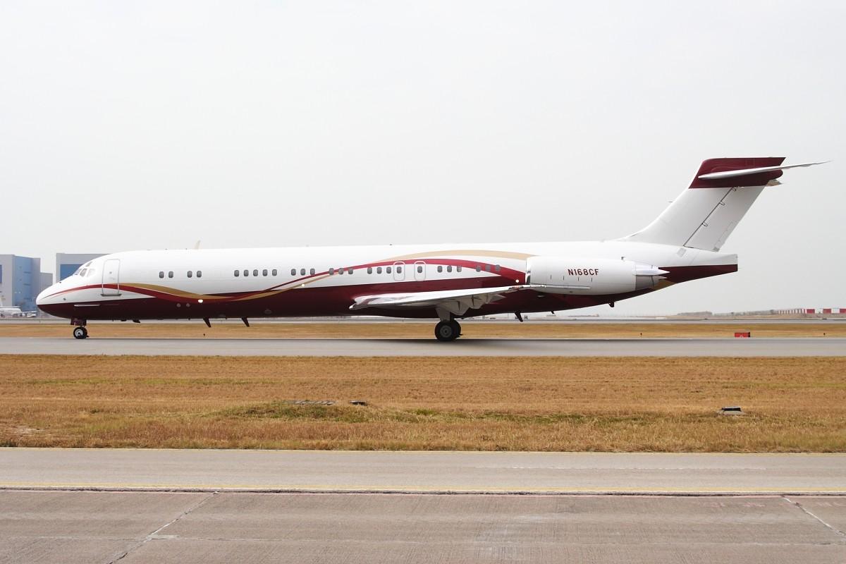 Re:[原创]香港政府飛行服務隊的開放日, 顯然我沒有理會到主人家 MCDONNELL DOUGLAS MD-87 N168CF 中国香港赤鱲角国际机场