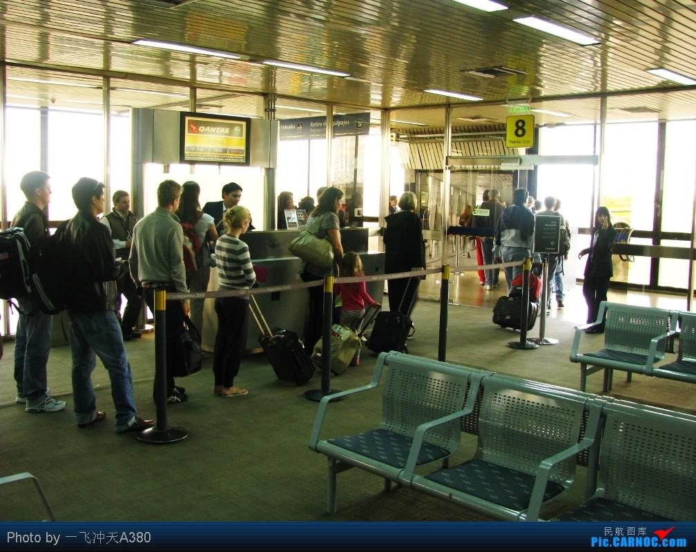 Re:【印象伊瓜苏】阿根廷航全新B737-700、奥斯特拉尔航28年机龄的MD-81及澳航B747-400ER飞越南极【Puerto Iguazú】