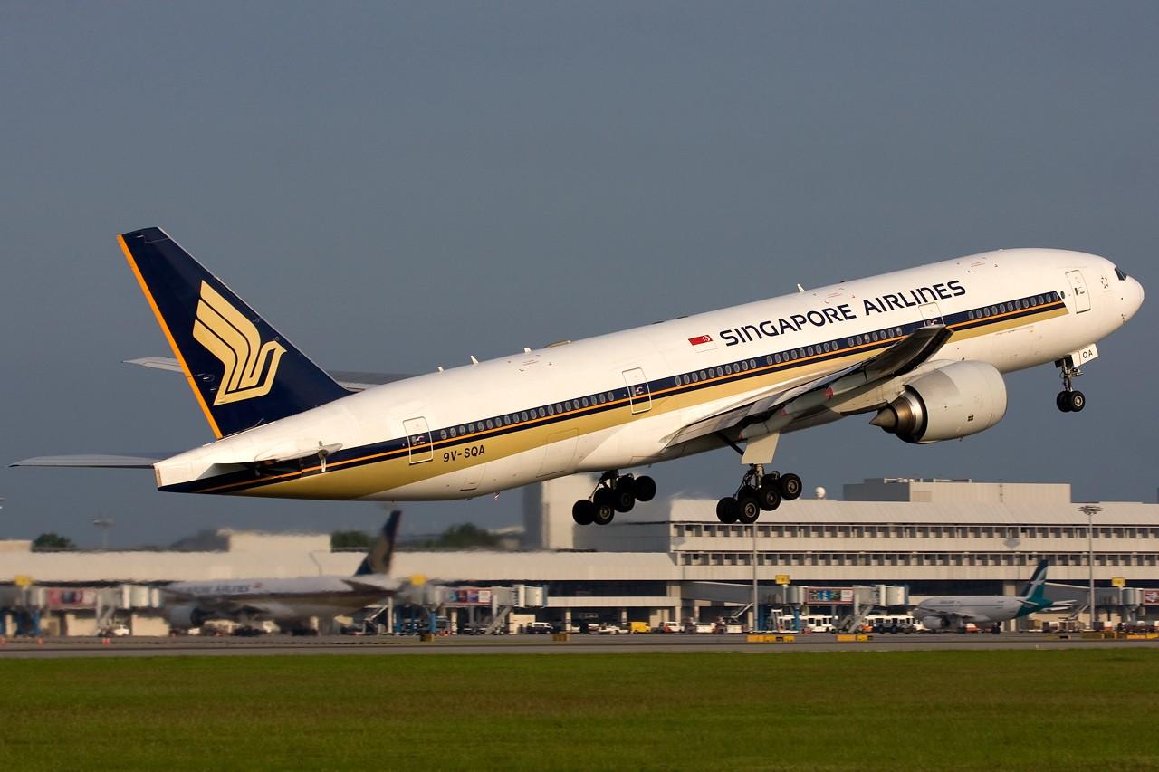 "Re:[原创]打造2009年本人单帖飞机照片数量最高贴并祝""上海飞友会""20号浦东机场拍机顺利 BOEING B777-200 9V-SQA 新加坡樟宜机场"