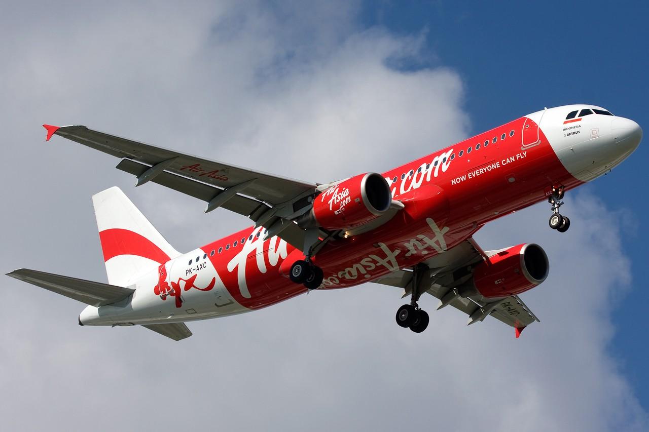 """Re:[原创]打造2009年本人单帖飞机照片数量最高贴并祝""""上海飞友会""""20号浦东机场拍机顺利 AIRBUS A320 PK-AXC 新加坡樟宜机场"""
