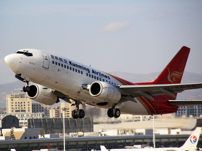 [原创]Hello,Kunming(起飞几张) BOEING 737-700 B-3635 昆明机场
