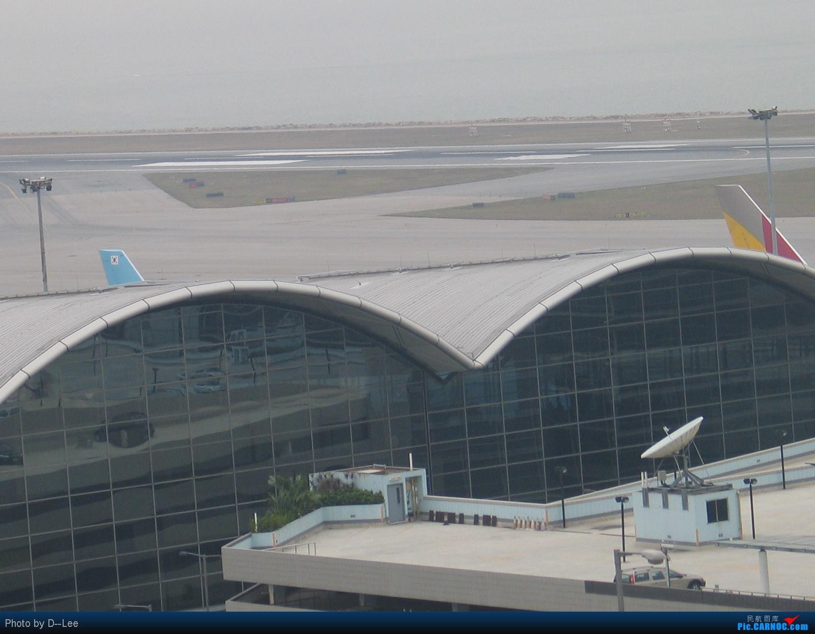 Re:[原创]两韩在香港,09最后一帖 BOEING 747-400 B- 中国香港赤鱲角国际机场 中国香港赤鱲角国际机场