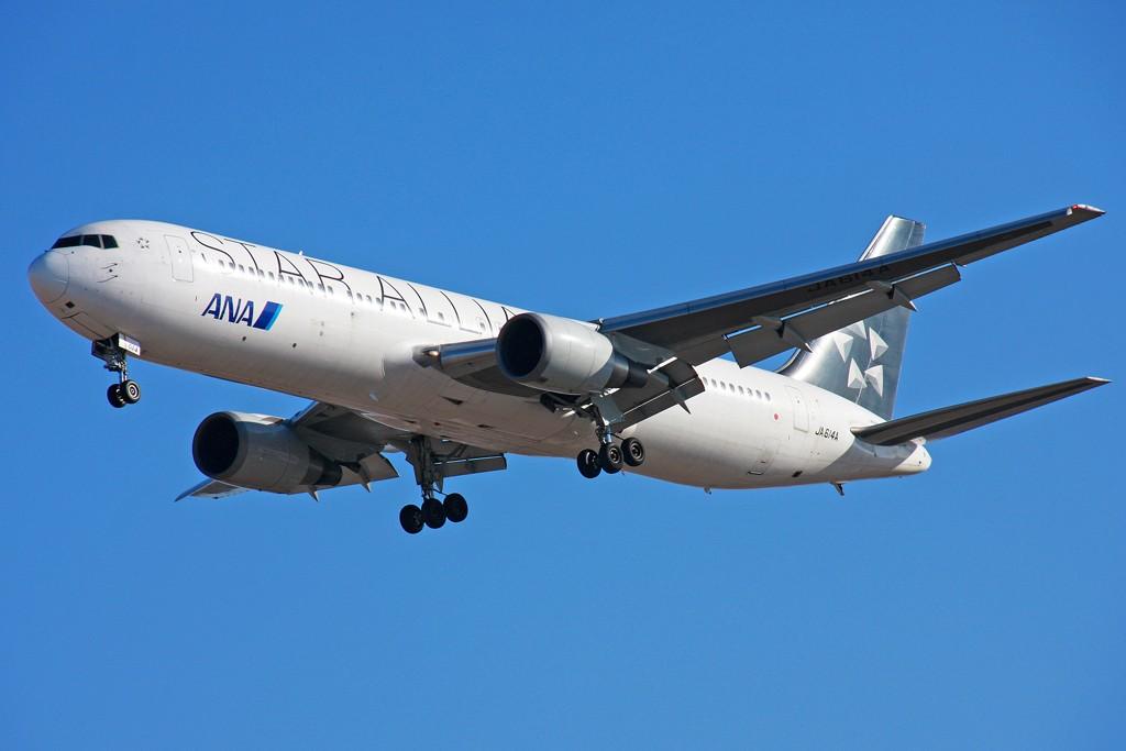 [原创][原创]【BLDDQ】满天星星--审美疲劳!! BOEING 767-300 JA614A 中国北京首都机场