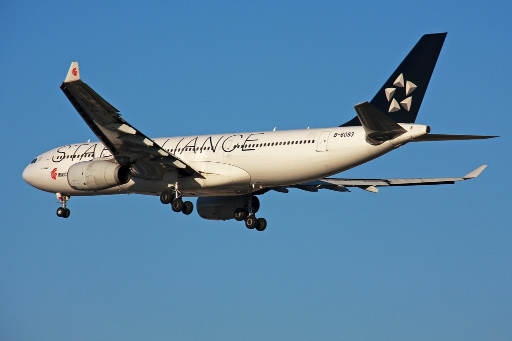 Re:[原创][原创]【BLDDQ】满天星星--审美疲劳!! AIRBUS A330-200 B-6093 中国北京首都机场