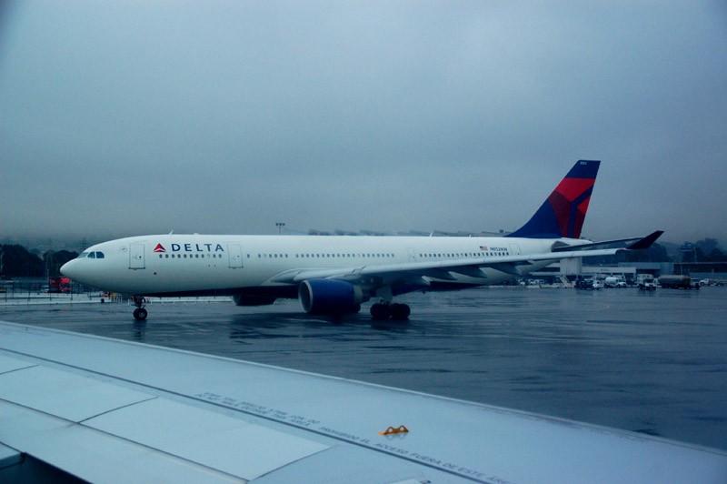 Re:[原创]{瓦罐出品}09圣诞十日疯狂泛美机场游:里士满-克利夫兰-拉斯维加斯-旧金山-拉斯维加斯-芝加哥-华盛顿(一) AIRBUS A330-200  SFO