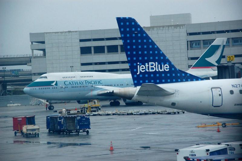 Re:[原创]{瓦罐出品}09圣诞十日疯狂泛美机场游:里士满-克利夫兰-拉斯维加斯-旧金山-拉斯维加斯-芝加哥-华盛顿(一) BOEING 747-400  SFO
