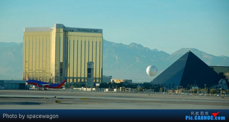 Re:[原创]{瓦罐出品}09圣诞十日疯狂泛美机场游(二):SFO飞行博物馆、LAS以及旧金山漫步 BOEING 737-800  LAS
