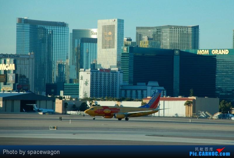 Re:[原创]{瓦罐出品}09圣诞十日疯狂泛美机场游(二):SFO飞行博物馆、LAS以及旧金山漫步 BOEING 737-700  LAS