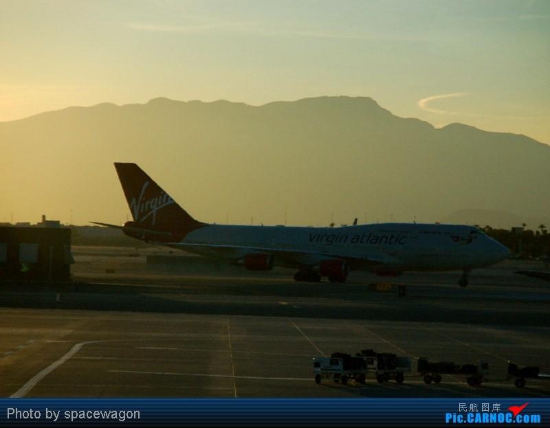 Re:[原创]{瓦罐出品}09圣诞十日疯狂泛美机场游(二):SFO飞行博物馆、LAS以及旧金山漫步 BOEING 747-400  LAS