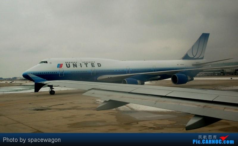 Re:[原创]{瓦罐出品}09圣诞十日疯狂泛美机场游(三):Iron City-ORD-DCA大雪 BOEING 747-400  ORD