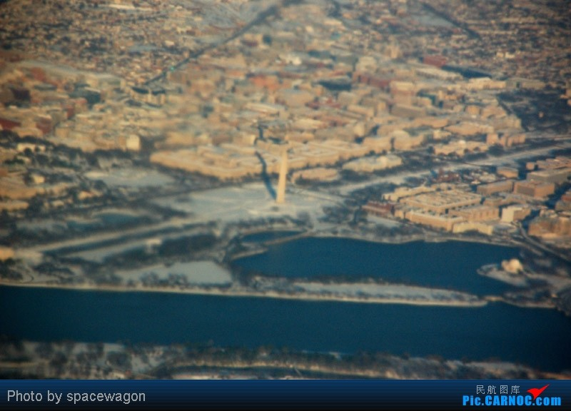 Re:[原创]{瓦罐出品}09圣诞十日疯狂泛美机场游(三):Iron City-ORD-DCA大雪 BOEING 777-300  ORD