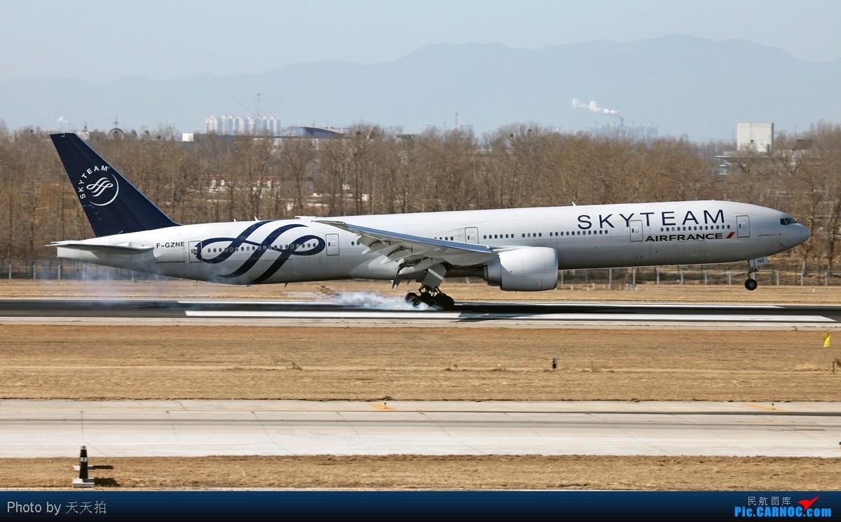 Re:[原创]大年初一天气非常的好拿相机奔机场 BOEING 777-300 F-GINE 中国北京首都机场