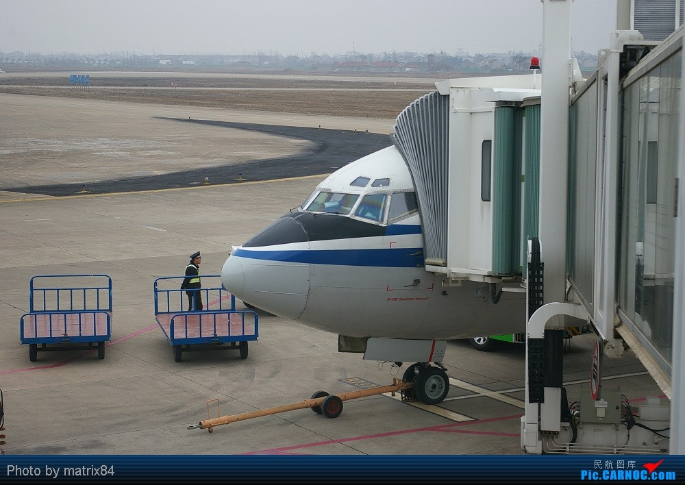 Re:从家乡起飞,转战PEK,只为体验川航330 YNZ-PEK-CTU BOEING 737-300 B-2905 中国江苏盐城南洋机场