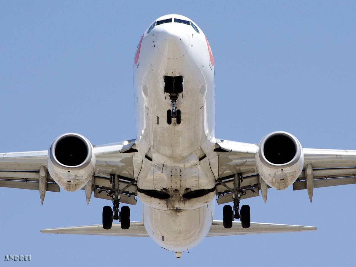 Re:[原创][ANDREI] 一些不常发的角度——A和B的肚皮 BOEING 737-800 B-5331 中国昆明巫家坝机场