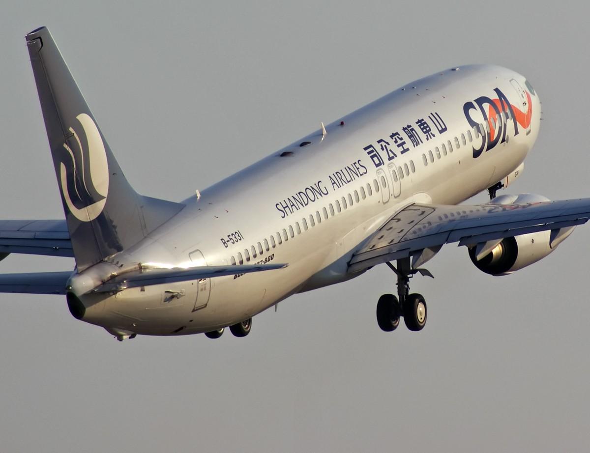 Re:[原创]深更半夜,我与好天气联系了一下,愿南方的雨水往西飘…… BOEING 737-800 B-5331 中国南京禄口机场