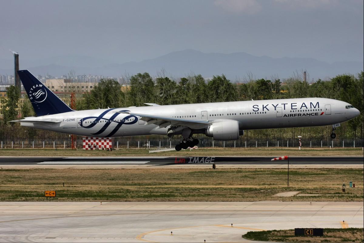 Re:[原创]【BLDDQ】<老林制造>卧听晚风撕春劲,道是无情却有晴 BOEING 777-300 F-GZNE 中国北京首都机场