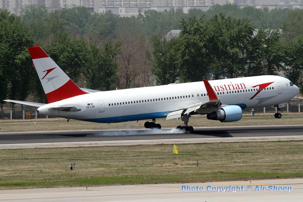 Re:[原创]飘在北京~~ BOEING 767-300 OE-LAE 中国北京首都机场