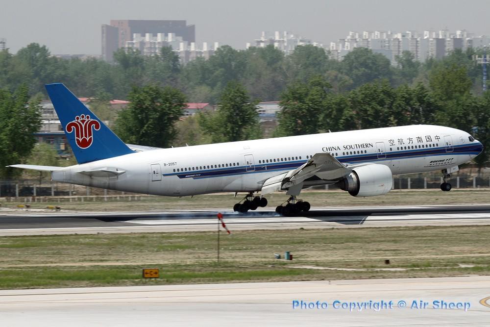 Re:[原创]飘在北京~~ BOEING 777-200 B-2057 中国北京首都机场