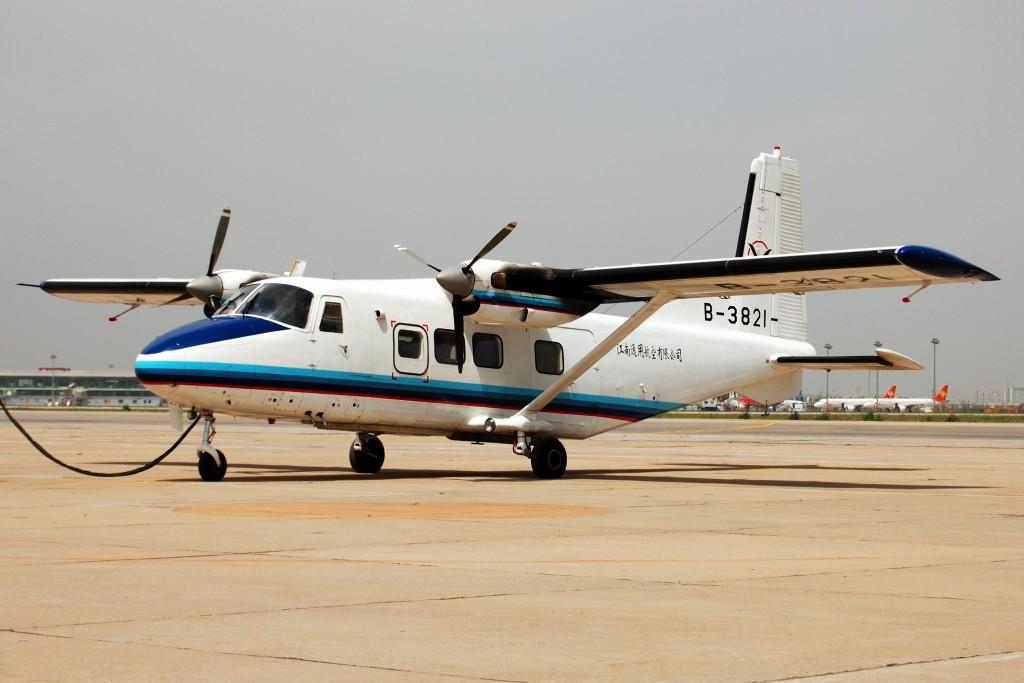 Re:[原创]来自TSN--5.13两架好飞机。 Y-12 B-3821 中国天津滨海机场
