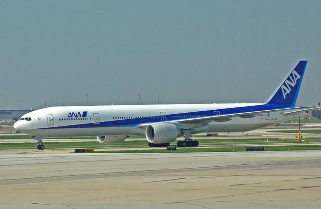 Re:[原创]MSP-ORD-PEK签转到PVG 失望的AA之旅 BOEING 777-300 JA779A 美国芝加哥机场