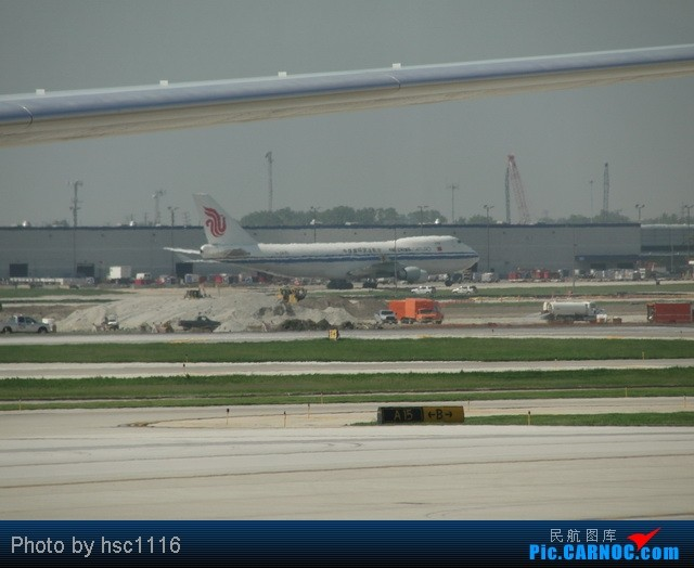 Re:[原创]MSP-ORD-PEK签转到PVG 失望的AA之旅 BOEING 747-400F B-2476 美国芝加哥机场