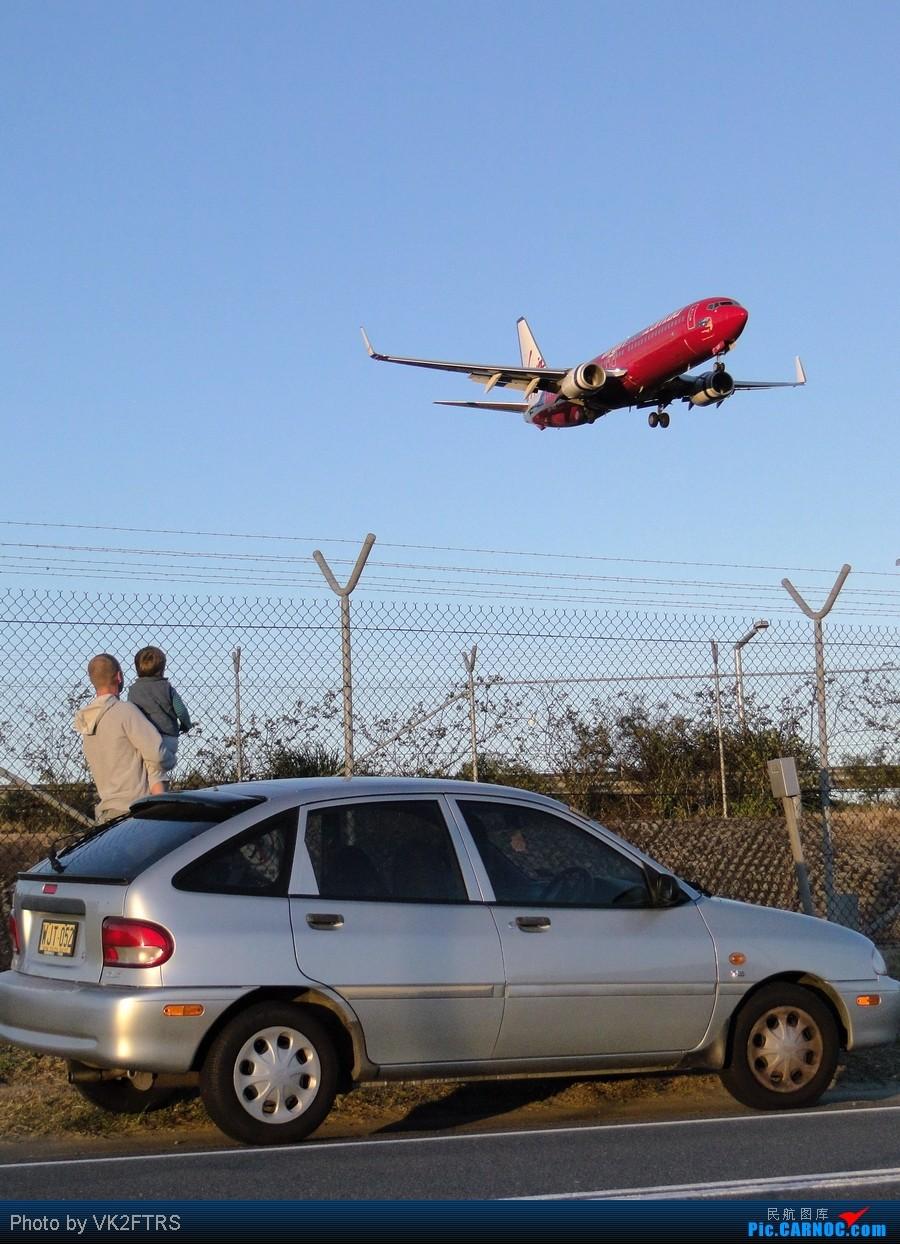 Re:[原创]悉尼25跑道头的MD-11和意境,注意N598FE的鼻子!     飞友