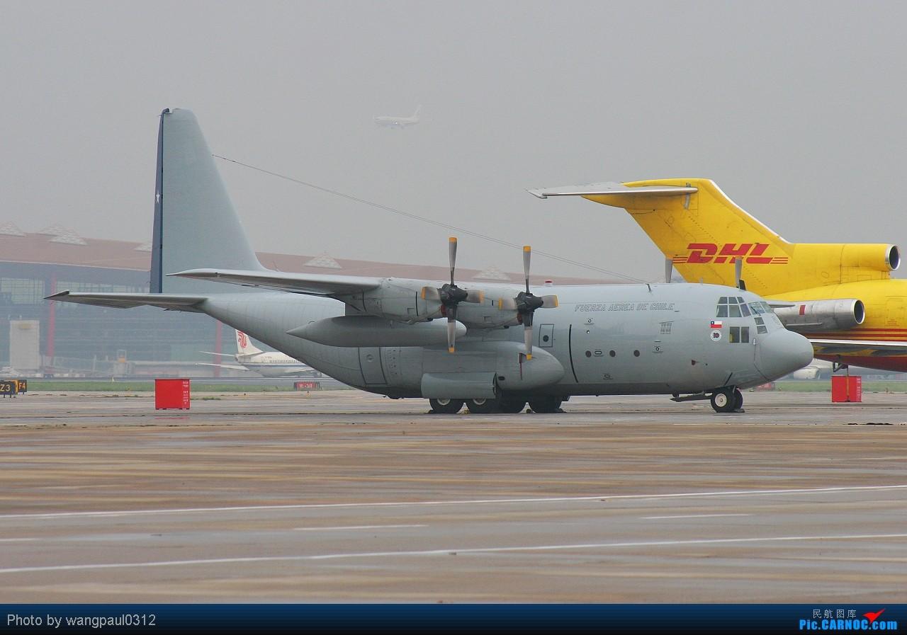 Re:[原创]难得一见的智利空君大力神运输机,它载着我们的国宝回来了! LOCKHEED C-130H HERCULES 995 北京首都国际机场