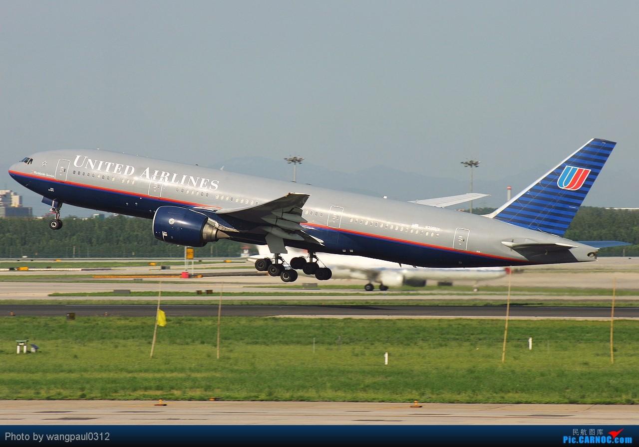 Re:[原创]某些人最爱777,某些人最爱新加坡,某些人最爱美联合,某些人最爱美大陆,不知图库爱不爱 BOEING 777-222/ER N229UA 北京首都国际机场