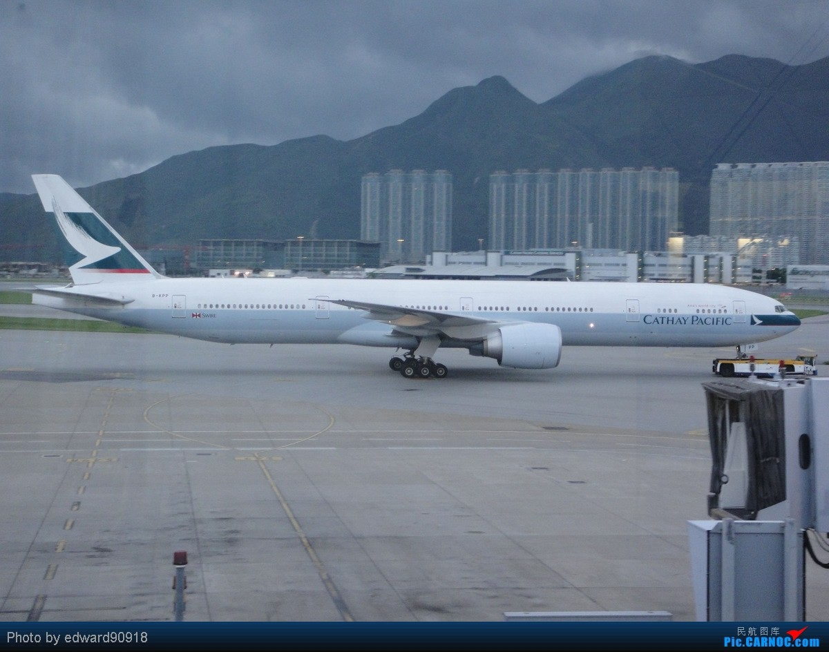 Re:[原创]【SYD&HKG ED】升到777啦...我最喜欢三条7了...发自己拍过的777庆祝庆祝...呼呼呼 BOEING 777-300ER B-KPP 中国香港赤鱲角国际机场