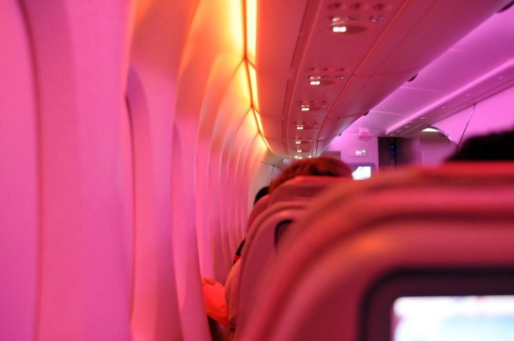 Re:[原创]PEK游记(28):2010年8月1日 EK306 迪拜(DXB)-北京(PEK) 阿联酋航空A380首航中国全记录! A380-800 A6-EDK 空中