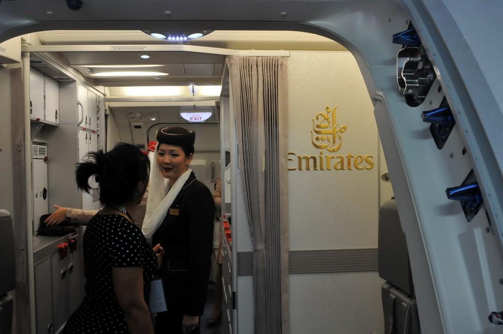 Re:[原创]PEK游记(28):2010年8月1日 EK306 迪拜(DXB)-北京(PEK) 阿联酋航空A380首航中国全记录! A380-800 A6-EDK PEK