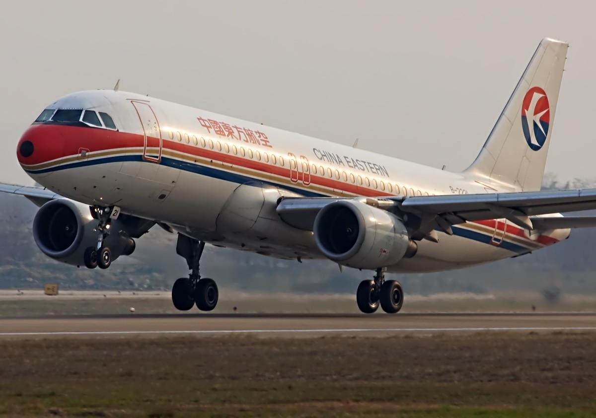 Re:[原创]国航、海航、东航。 AIRBUS A320-200 B-2221 中国南京禄口机场