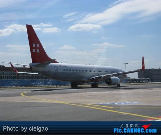 Re:[原创]Bonn之行,FRA真是繁忙啊 BOEING 737-800 D-APBD FRA