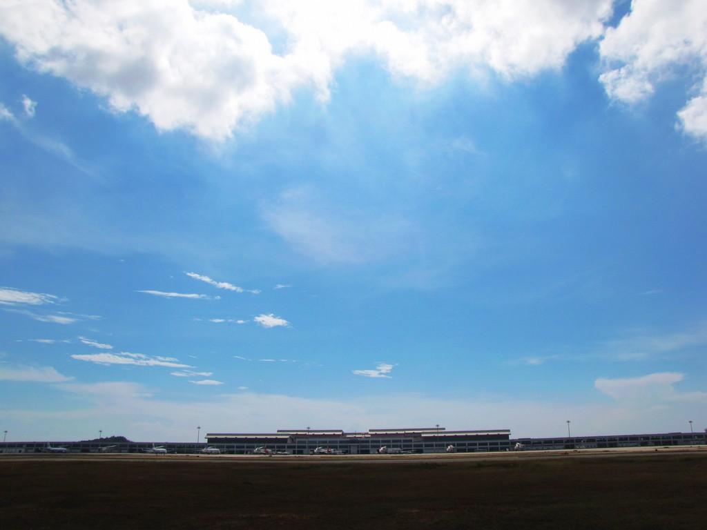 [原创]一组惭愧的图,原来飞机们都还好!    中国福州长乐机场