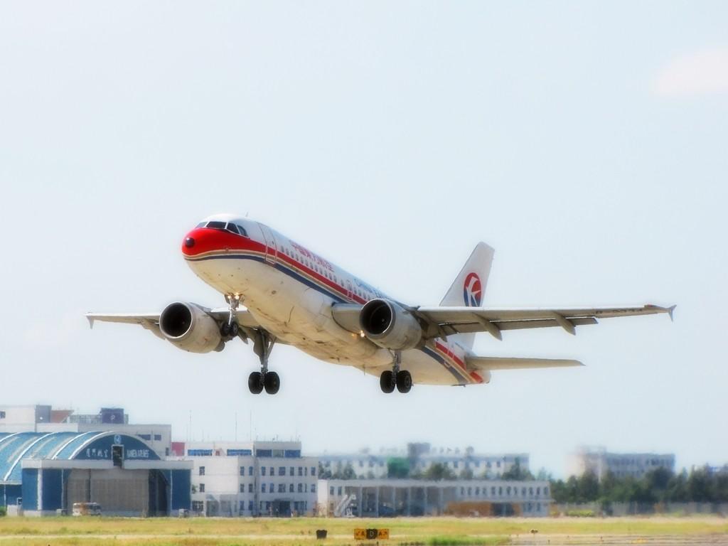Re:[原创]一组惭愧的图,原来飞机们都还好! AIRBUS A319-100 B-2334 中国福州长乐机场