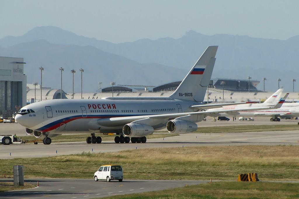 中国�9an9il�f�x�_ilyushin il-96 ra-96016 中国北京首都机场