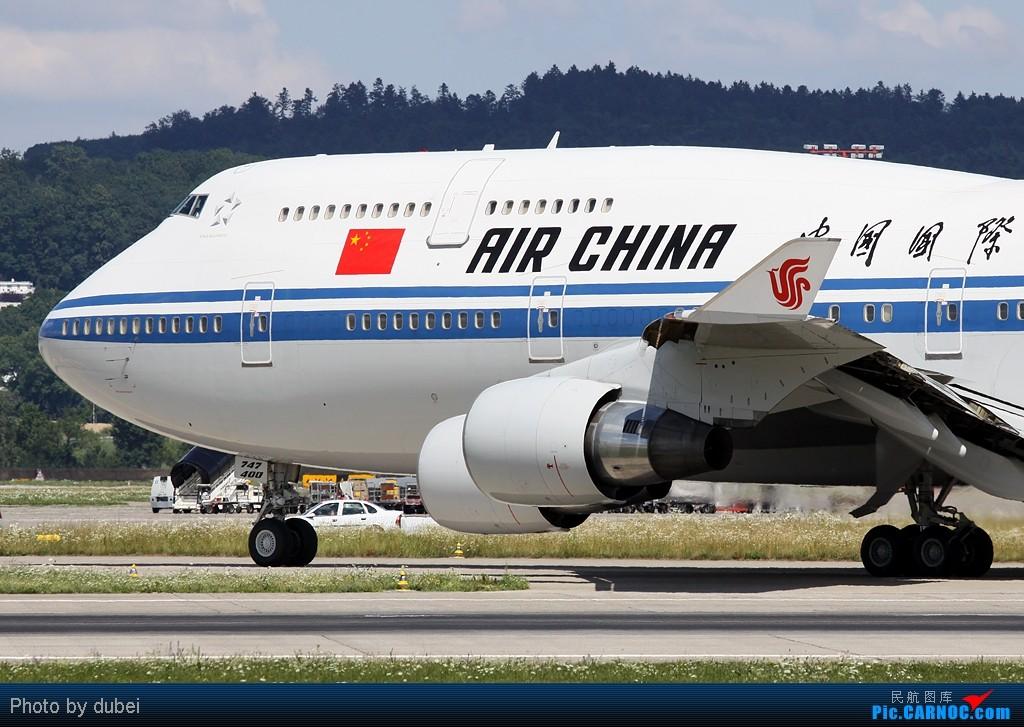 [原创] 名字要长 - Air force one in Zurich + 其他的 (才91个人看,晕死) BOEING 747-400 B-2472 瑞士苏黎世机场