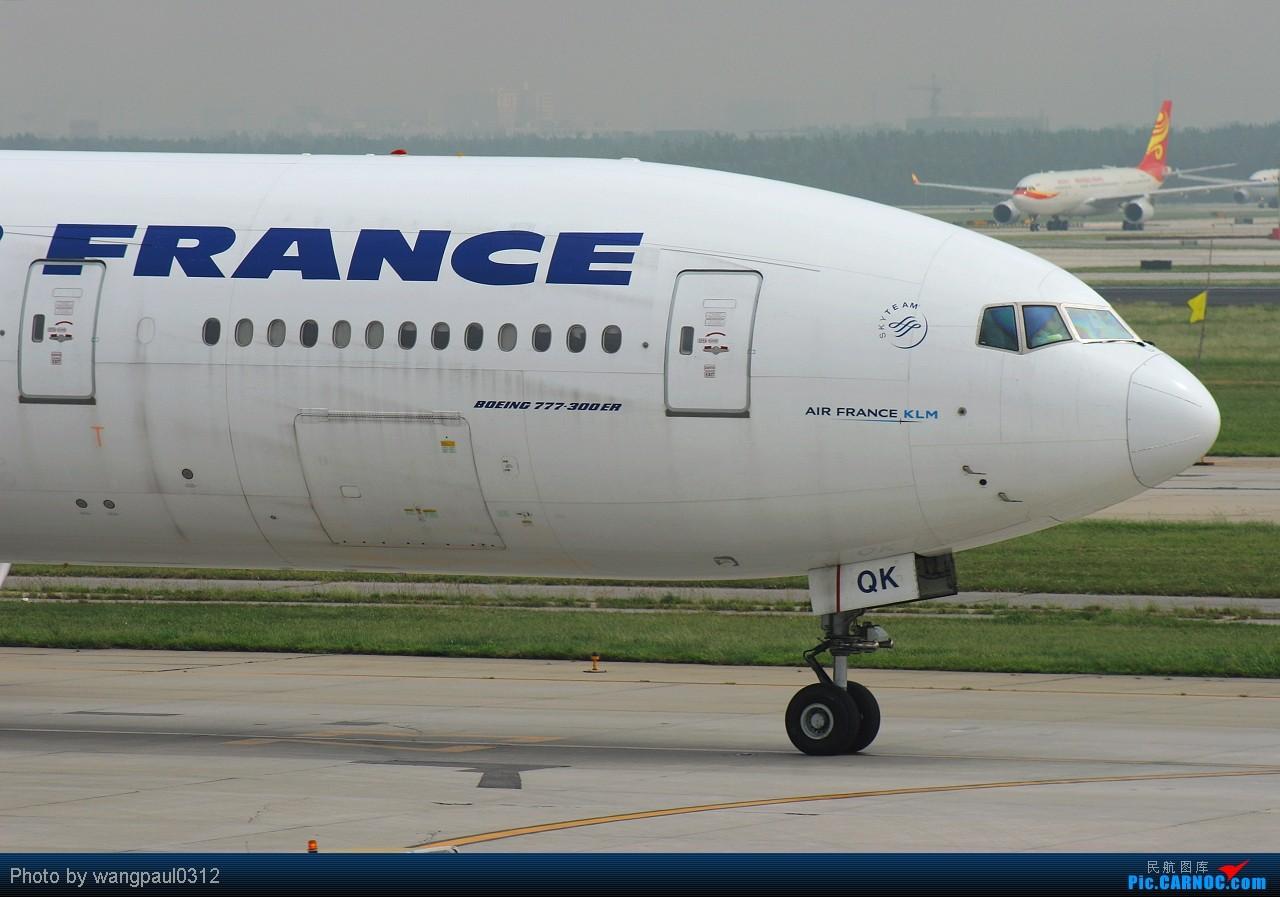 Re:[原创]以三条七为今日的主旋律--另外附送一首地道的英伦风格歌曲! BOEING 777-328ER F-GSQK 北京首都国际机场
