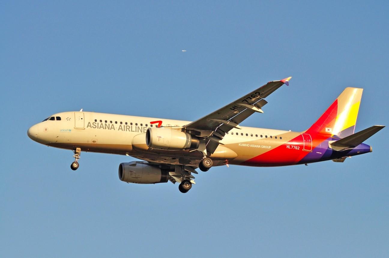 Re:[原创]升767了,发图庆祝,来自PEK东跑,内有外航若干,当然少不了380。 AIRBUS A320-200 HL-7762 中国北京首都机场