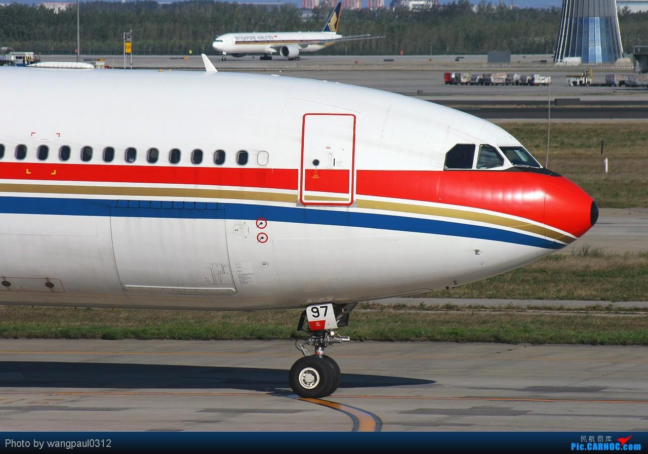 Re:[原创]这次咱也搞点君事题材!当然是大老美的啦! AIRBUS A330-300 B-6097 北京首都国际机场