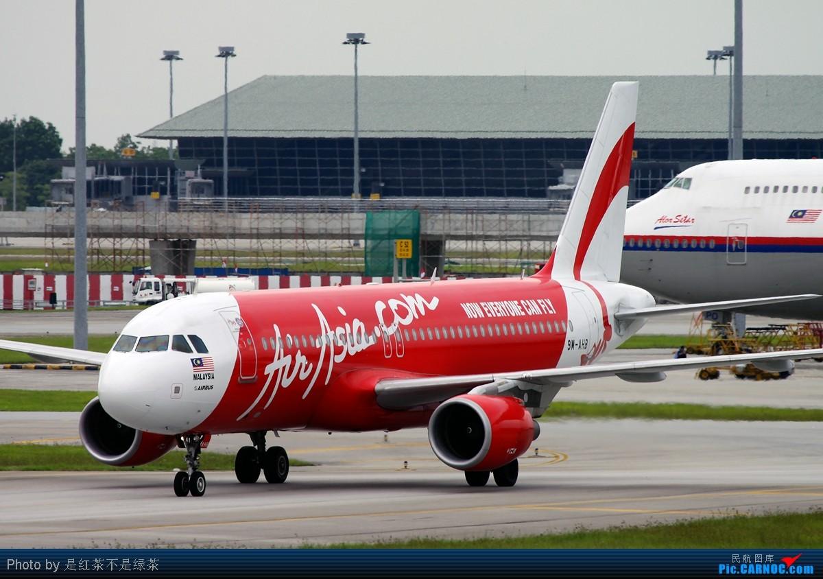 Re:[原创]【红茶拍机】亚航专辑——拍了这么多亚航居然没有一架的涂装是完全一样的! AIRBUS A320-200 9M-AHB 马来西亚吉隆坡机场