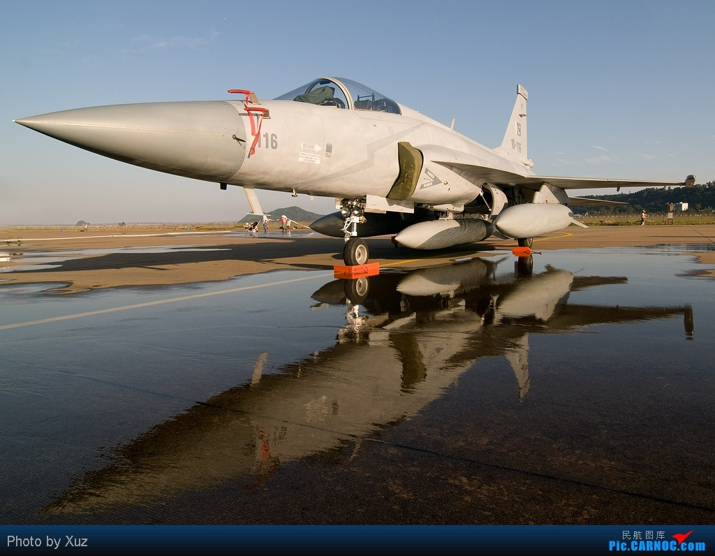 Re:[原创]珠海航展2010-FC-1/K-8/ARJ21 FC-1