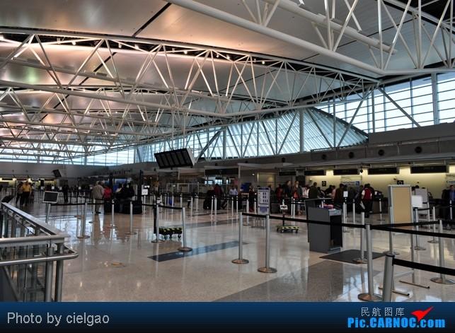 Re:[原创]我的首次环球飞行,星空联盟环球套票,PEK-SFO-AUS-IAH-CUN-CLT-FRA-NRT-PEK,旅程进行中,敬请持续支持    美国休斯敦机场