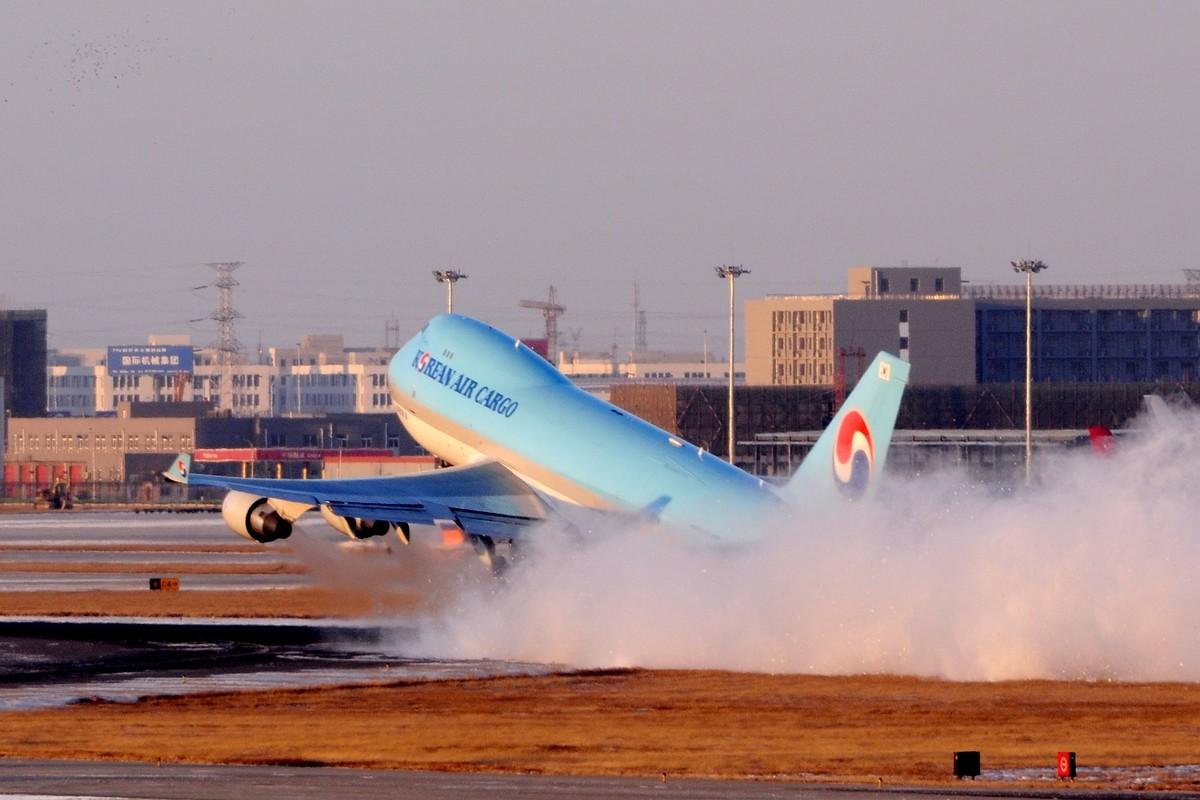 Re:【TSN飞友会】年底了交作业…… BOEING 747-400 HL7400 中国天津滨海机场