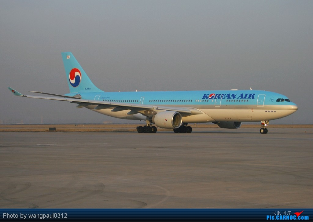 Re:[原创]谁说330非要控?索性多多的拍点330,o(∩_∩)o AIRBUS A330-223 HL8212 北京首都国际机场