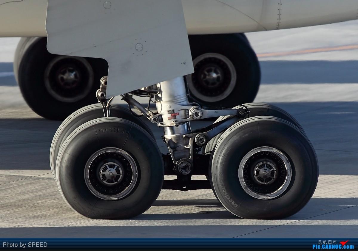 Re:[原创]谁说330非要控?索性多多的拍点330,o(∩_∩)o AIRBUS A330-200 B-6089 中国北京首都机场
