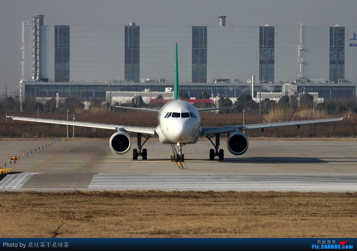 Re:[原创]【红茶拍机】2011年新年第一天春秋航空第一班国际航班9C8987上海浦东-茨城,机型空客320,注册号B-6705。 AIRBUS A320-200 B-6705 中国上海浦东机场