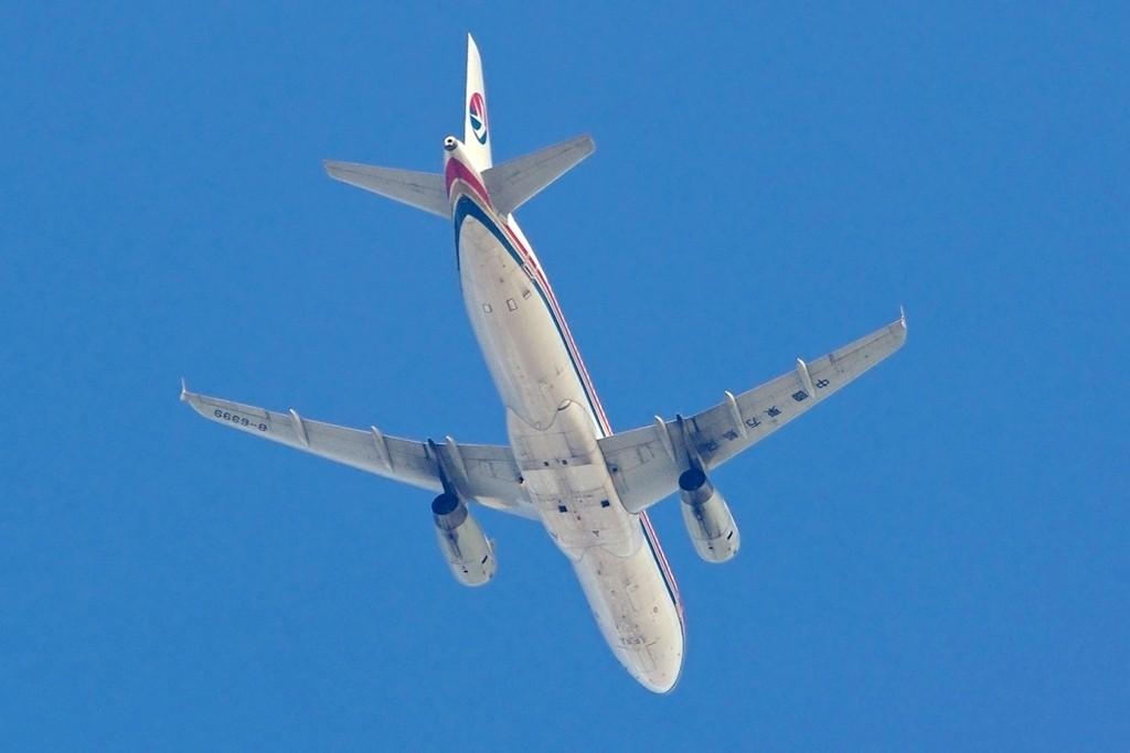 [原创][Andrei]无心插柳之作——登西山的附属品 AIRBUS A320-200 B-6399 昆明西山